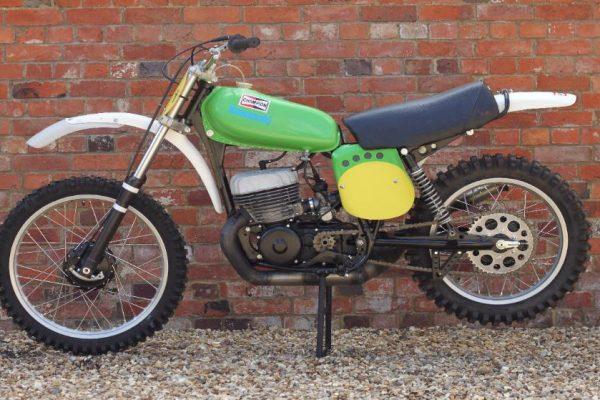 1974 Kawasaki SR400