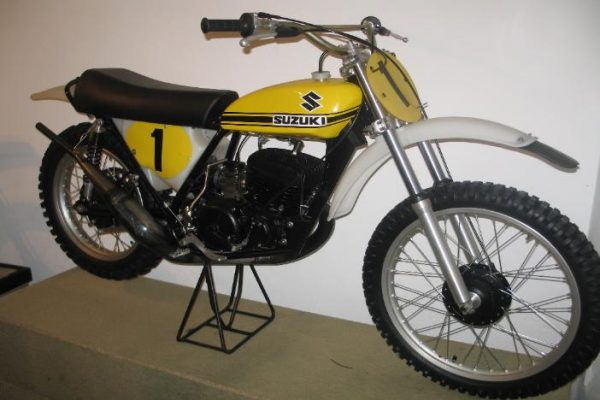 1972 Suzuki RN400